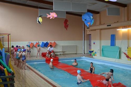 Piscine deleersnyder bassin d 39 initiation for Piscine mardyck